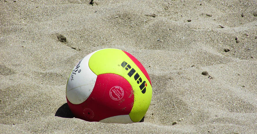 red-yellow-beach-volley-ball