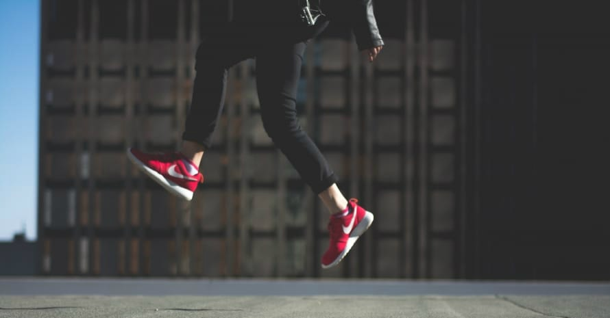 nike-sneakers-shoes-jumping
