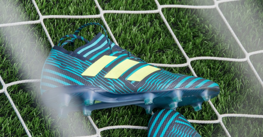 clean soccer cleats