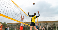 Difference Between Indoor and Outdoor Volleyball: Things to Know Before You Hit the Court
