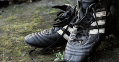 How to Clean Smelly Soccer Cleats Step by Step